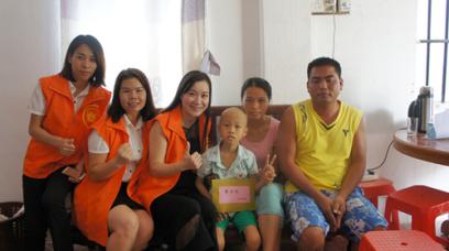 飓风幸福基金会探望李子恒小朋友
