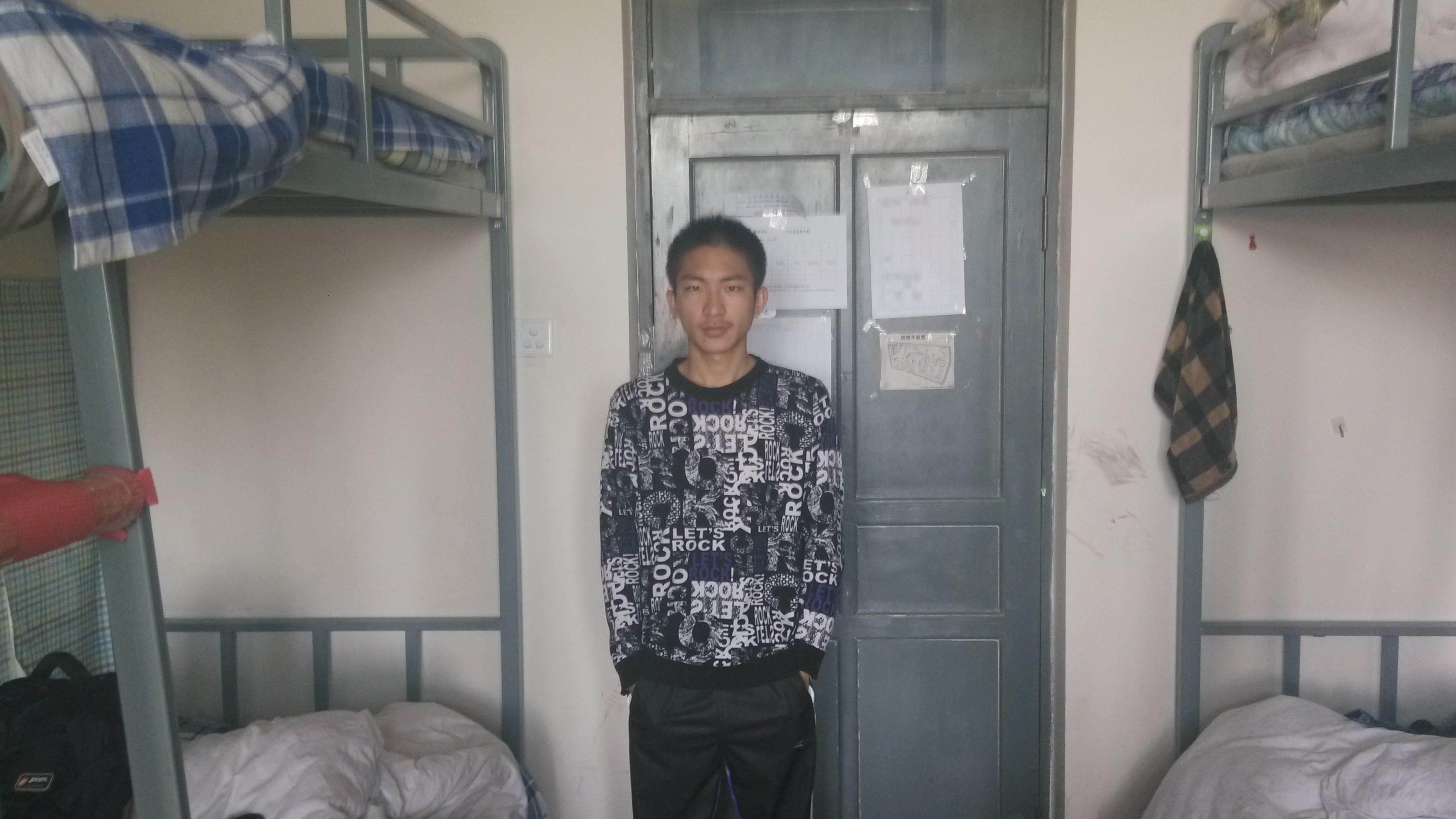 【志愿者秀】2013级志愿者-邓硕