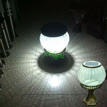 3W圆球太阳能柱头灯 DL-SPS002
