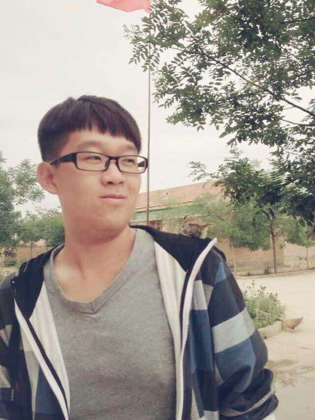 【志愿者秀】2012级志愿者-陈博