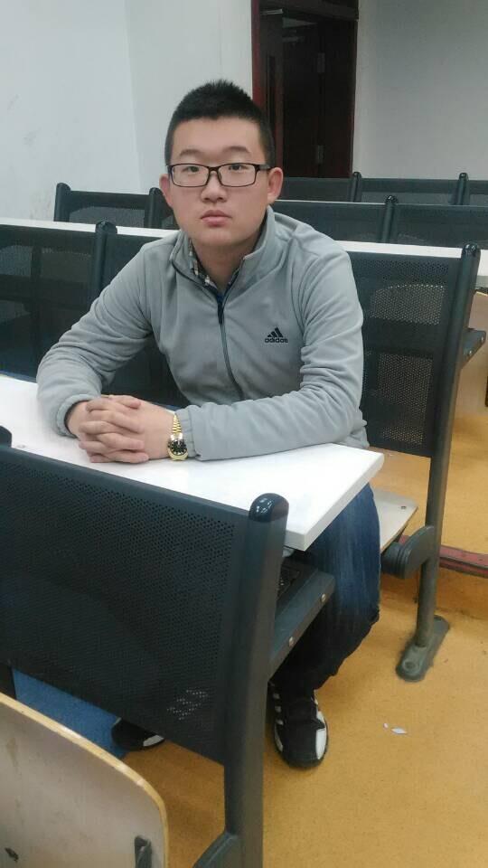 【志愿者秀】2014级志愿者-刘烜赫