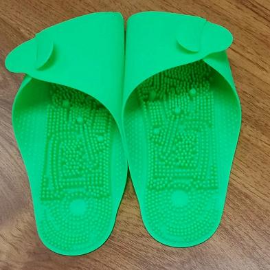 韩国旅行必备 硅胶按摩拖鞋 大人儿童通用情侣款